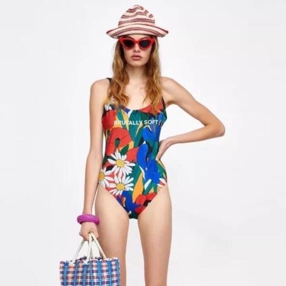 zara Floral swimsuit//Body Suit